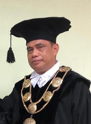Rektor Unmus, Prof. DR. Philipus Betaubun/Net