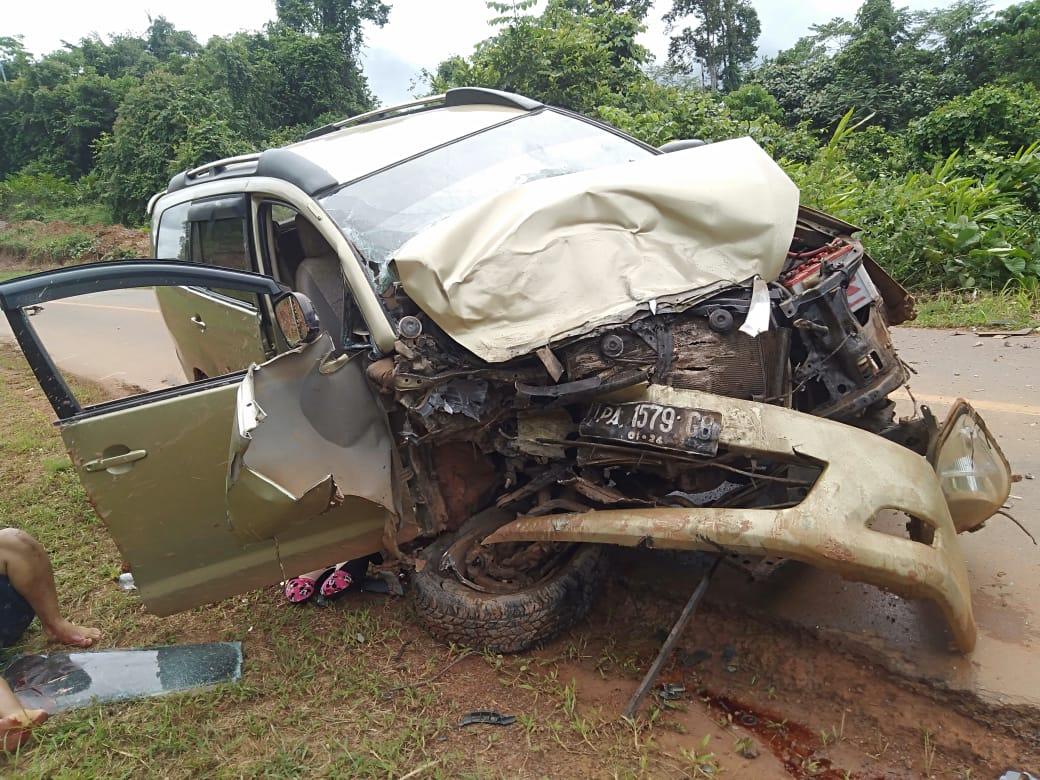 Kondisi mobil usai kecelakaan/net