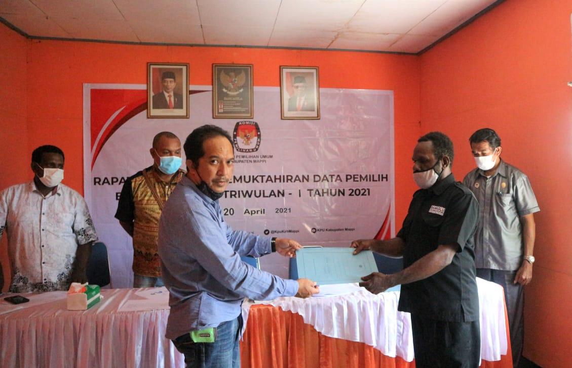 Irwan Awaludin Komisioner KPU Mappi